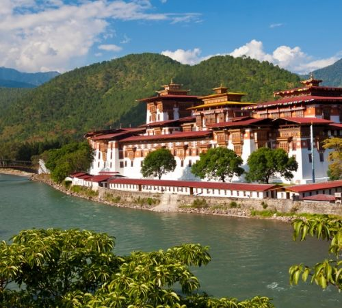 Bhutan With Gangtok Darjeeling in 11 days